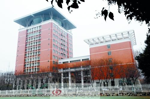 河南科技大学官网 河南科技大学是几本 河南科技大学图书馆