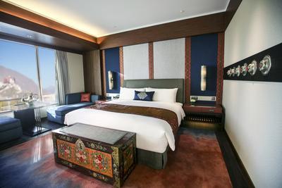 拉萨香格里拉大酒店豪华客房