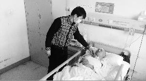 1月16日,躺在病床上依旧昏迷的蒲某。