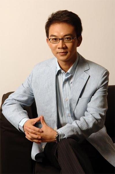 """郎永淳忆爱妻生病 进央视愿做""""社会的医生""""(1)_生活要闻_光明网"""