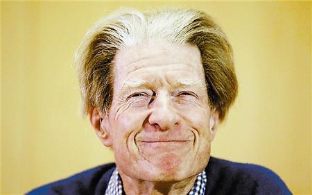 约翰 戈登 威廉/2012年诺贝尔医学奖得主、英国生物学家约翰·戈登,因指责45岁...