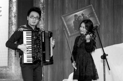 王铮亮给老婆唱的歌_王铮亮凭借原创歌曲登春晚 独唱3分钟像做梦(组图)-搜狐滚动