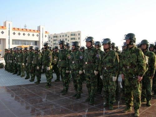 解放军年前又抓俩违纪 新疆兵团两师长被调查