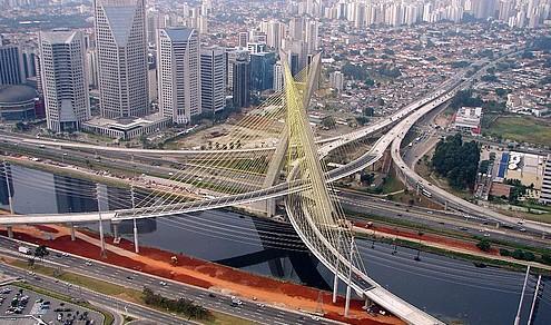 6. 奥利维拉大桥