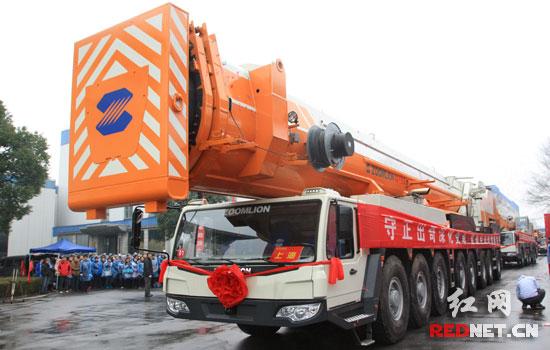 中联重科产品批量发往海内外,交付到全球各地客户手中。