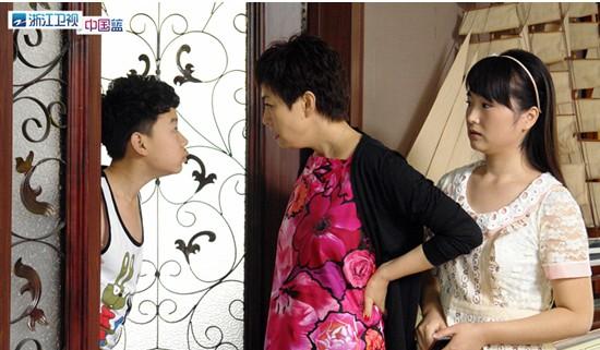 林栋甫潘长江追宋丹丹 美丽的契约 好戏在后头图片
