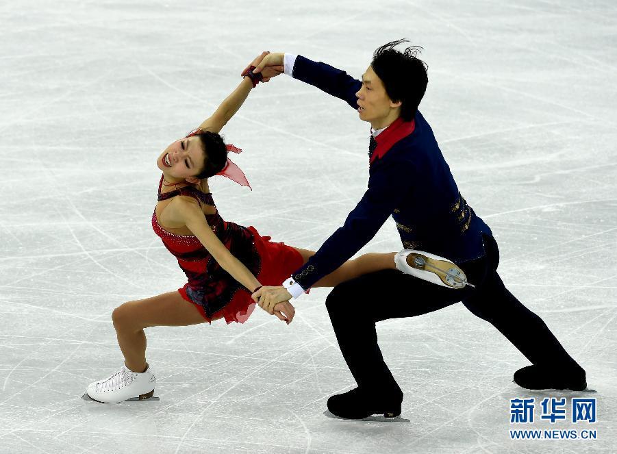 索契冬奥会庞清佟健_举行的2014索契冬奥会花样滑冰双人滑比赛中,中国选手庞清/佟健以209.