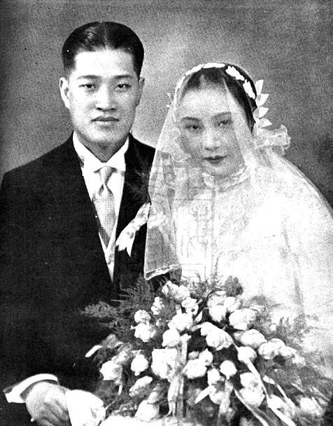 资料图:潘有声与胡蝶结婚照