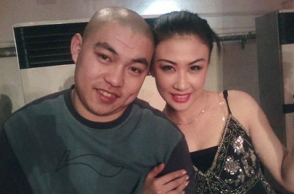 赵本山弟子程野办婚礼新娘同为二人转演员