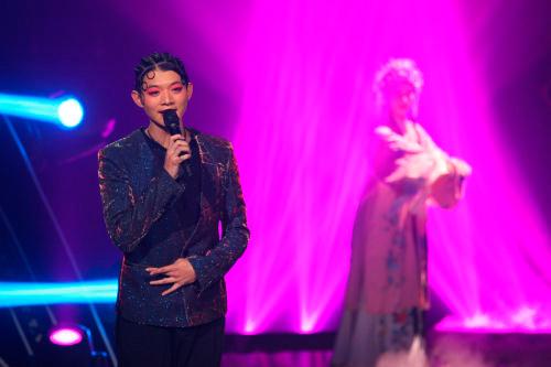 娱乐二人转mp3下载_随着该节目的热播,二人转版《high歌》,豫剧版《superstar》等戏歌
