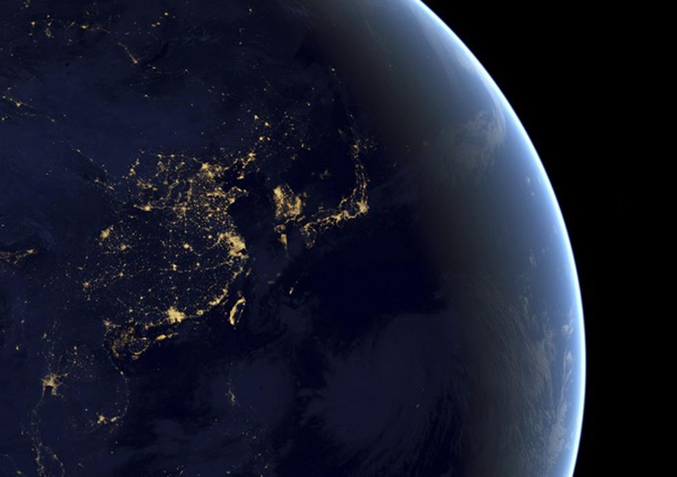 0 nasa于2005年发布的朝鲜半岛及其周边地区的卫星照片.