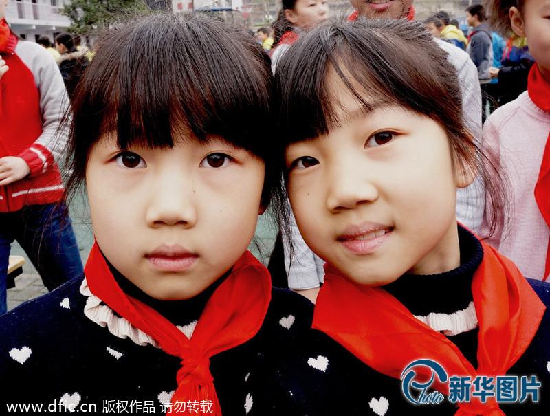 武汉一小学有10对双胞胎 为便于管理都在一个班(组图 ...