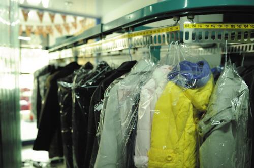 据了解,不少洗衣机厂家在这个事件后都对洗衣机清洗羽绒服设定了图片