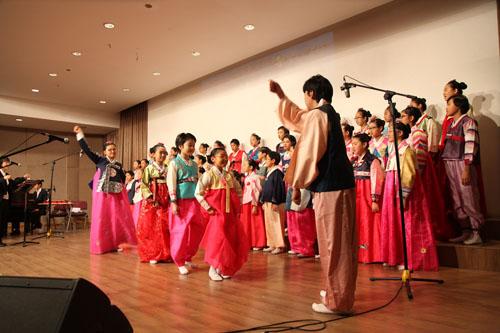 韩国童声合唱团