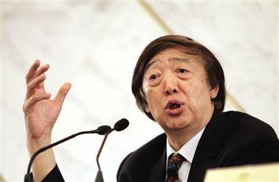 从1983年起,冯骥才已经担任了30年全国政协委员。新京报资料图片 薛�B 摄