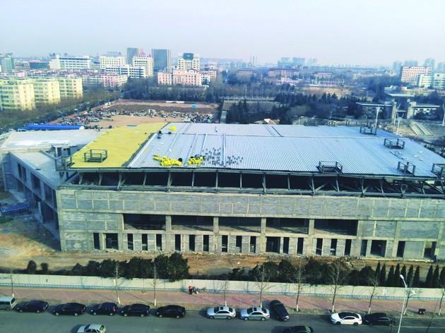 城阳首个室内体育场已完成主体结构施工图片