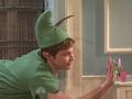 《周六夜现场片花》S39E14 吉姆·帕森斯头带绿帽扮小飞侠
