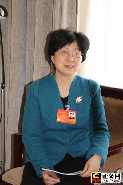 薛江武代表:要用刑法手段保障舌尖上的安全(