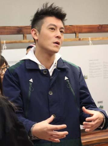 陈冠希同日现身上海参加活动
