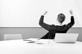 职场竞争中如何保持健康心理(图)图片