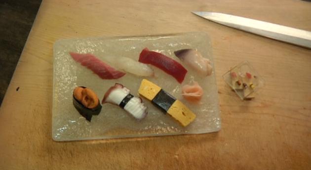 日本餐厅供应最小寿司 仅一粒米大!