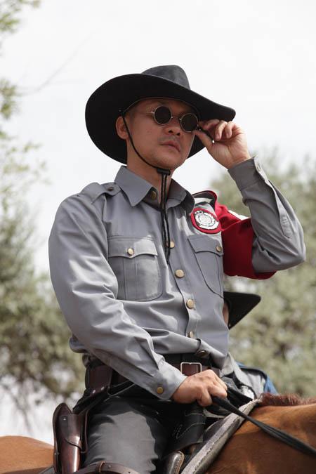 大漠警长洪泰