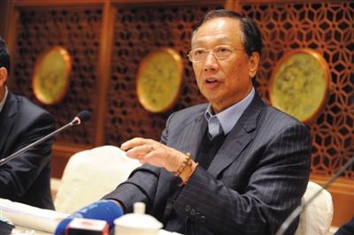 鸿海集团董事长郭台铭称,鸿海的台湾作业员薪水没有人低于2.6万元新台币。图/CFP