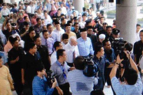 马来总理将为失联航班乘客及家属祈祷
