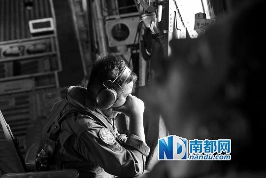 空中直击搜寻MH370