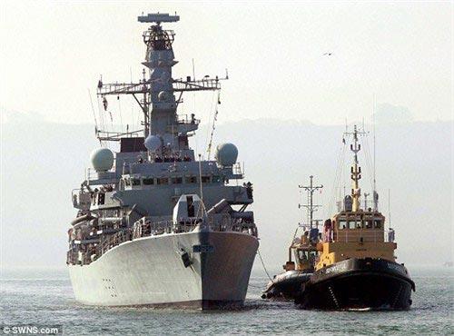"""""""阿尔盖""""号舰近期刚刚进行过现代化改造,包括了改进型""""黄貂鱼""""鱼雷。"""