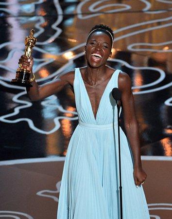 露皮塔-尼永奥刚刚凭借《为奴十二年》赢得奥斯卡最佳女配角奖。