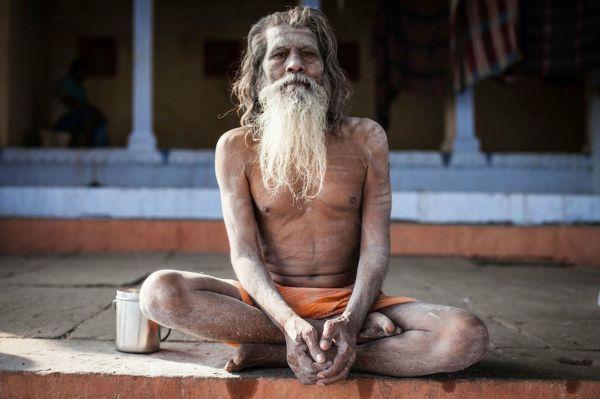 食人族 印度/恐怖!印度食人族用人头骨喝水以尸体为床
