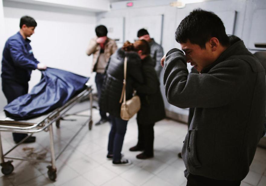 上海2名视频死于重症儿童口病鲜花悲痛欲绝(手足寿字家属图片