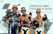 图文:MOTOGP锦标赛马奎兹夺冠 前三名选手合影