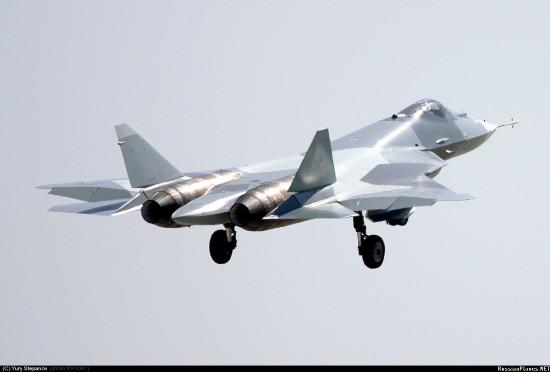 资料图:俄罗斯第五代战机T-50试飞。