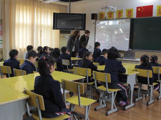 莫干山外语小学星睿班 中美老师一起当班