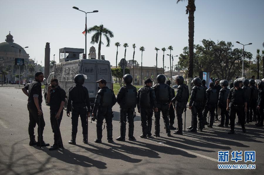 穆兄会支持者在开罗大学与军警发生冲突 造成至少一人死亡
