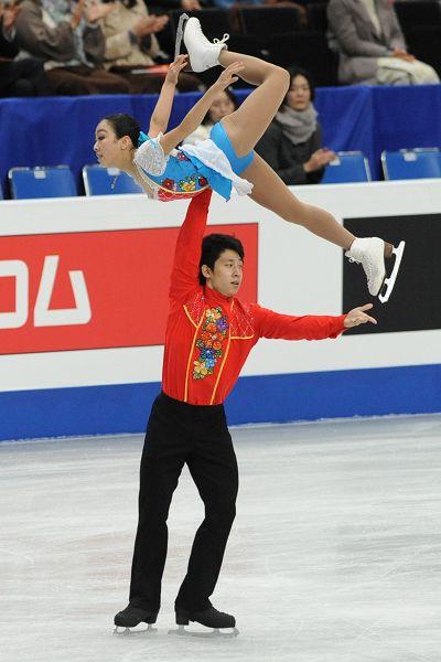 图文:2014世锦赛双人自由滑 漂亮托举动作