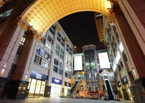 奥特莱斯真正的城市站: 绿色米兰(组图)-龙起苍茫,豆丁中文网浪子官场
