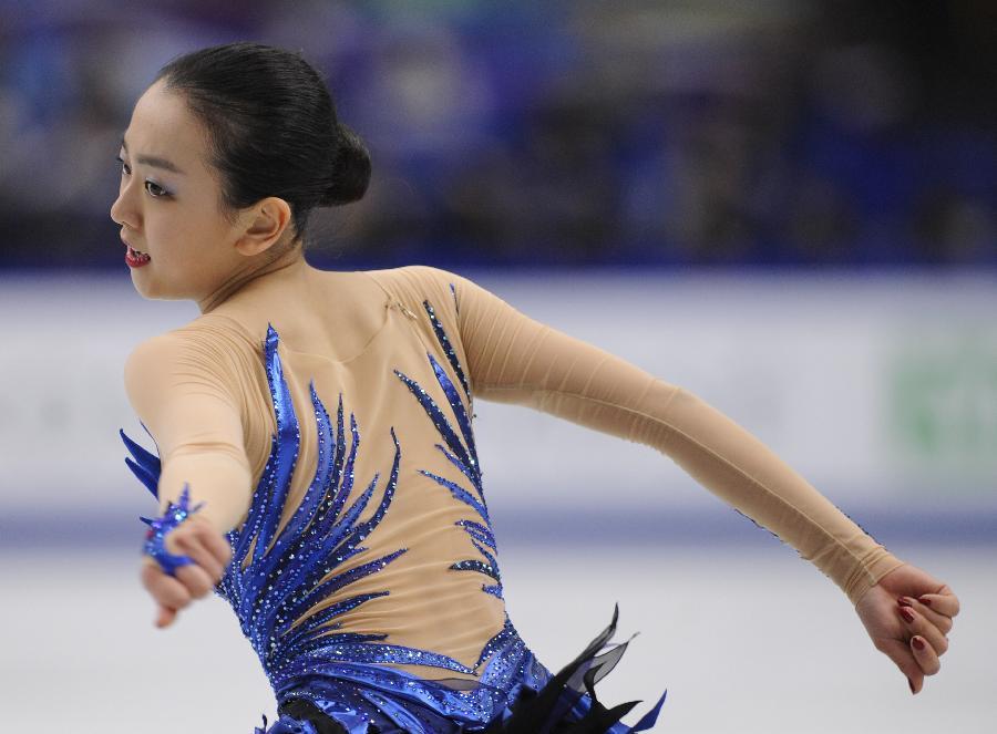 (体育)(2)花样滑冰——世锦赛:浅田真央夺冠(图)