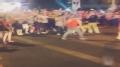 视频-NCAA爆大规模球迷骚乱 警方出动催泪瓦斯