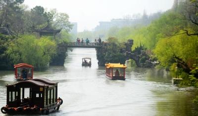 扬州旅游进入智慧时代。 孟德龙 摄