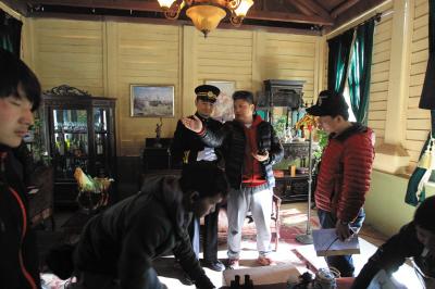导演简川訸在说戏。