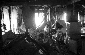 南京木马公寓爆炸_南京爆炸公寓燃气管疑被人为割断 死者身份不明-搜狐新闻