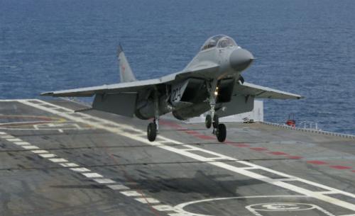 朝鲜米格31战斗机_韩媒:疑似朝鲜米格29越界 F-15K获击落命令(6)-搜狐军事频道