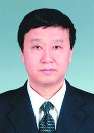 唐国华,男,蒙古族,1963年 4月生,1985年8月参加工作,1984年11月加入中国共产党,大学学历,学士学位,此前任辽宁省教育厅副厅长、党组成员,现任中国医科大学党委书记。