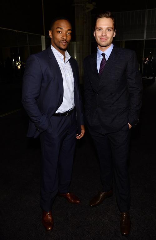 好�R�]明星安�|尼���P(Anthony Mackie)�c塞巴斯蒂安•斯坦(Sebastian Stan)出席�f����大班系列�Q生90周年�c祝活��