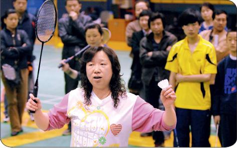 如今的韩爱萍热心群体事业。