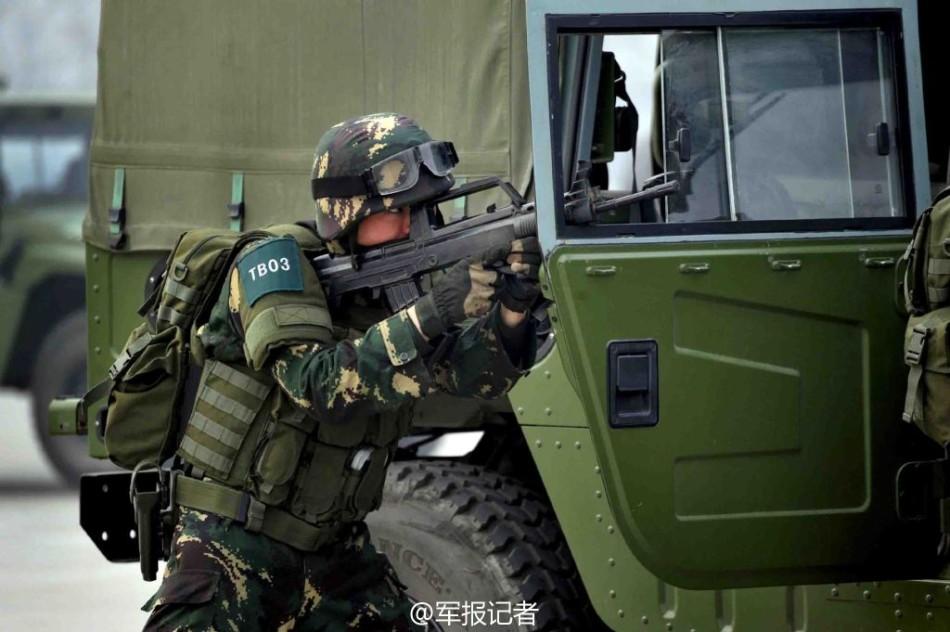 种部队配模块化单兵装具