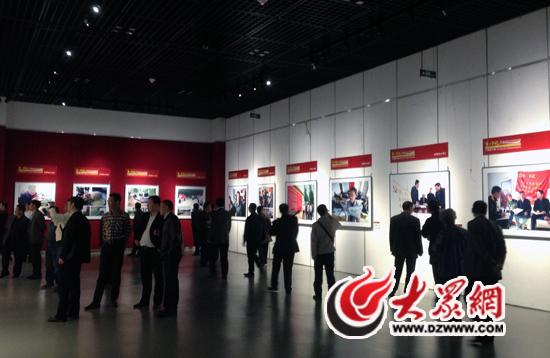 托起农民心中的中国梦》大型图片展4月9日在山东省